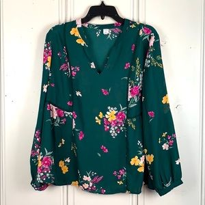 4/$20 Old Navy Green Sheer Floral Blouse Size L